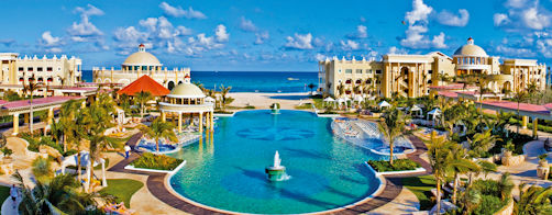 Iberostar Grand Paraiso, overview & pool