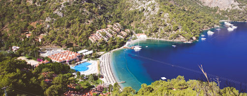 Hillside Beach Club, offer of the month