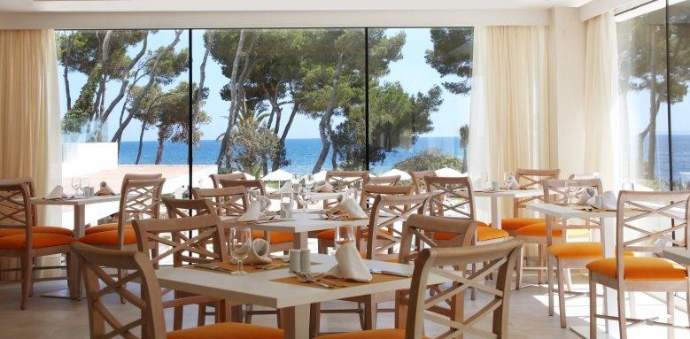 Iberostar Santa Eulalia, Restaurant
