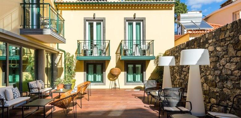 Castanheiro Boutique Hotel, patio