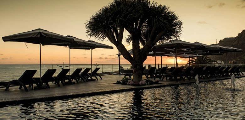 Savoy Saccharum Hotel Resort & Spa, sunset