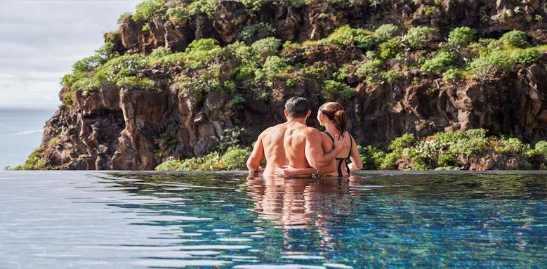 Saccharum by Savoy infinity pool