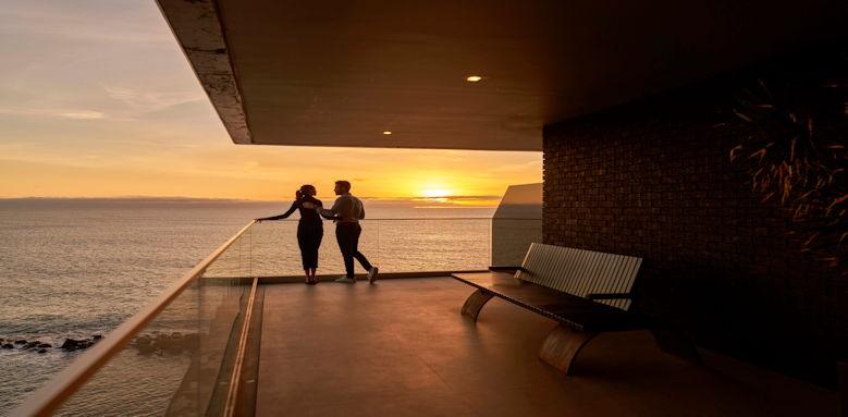 Saccharum by Savoy sunset couple