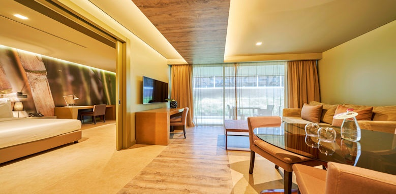 Saccharum by Savoy Courtyard Suite