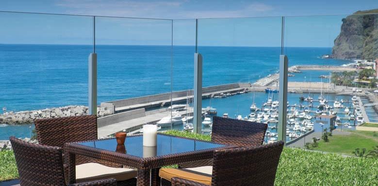 Savoy Saccharum Hotel Resort & Spa, Bar View