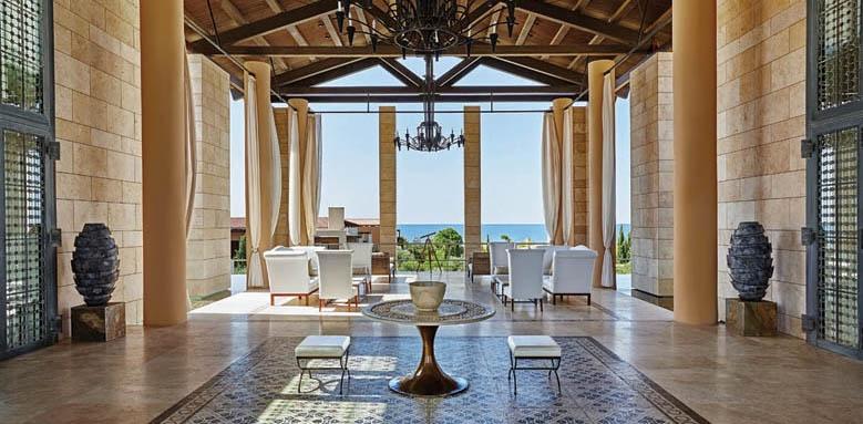 The Romanos Resort, lobby