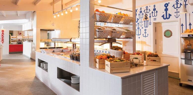 Marina Suites, Breakfast Buffet