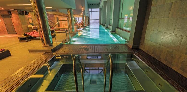 Gran hotel La Florida, indoor pool