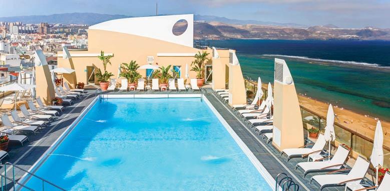 Hotel Reina Isabel, pool