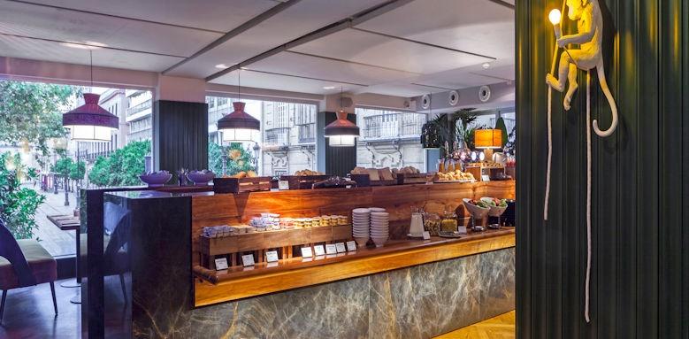 Hotel Inghalterra, desayuno en restaurante