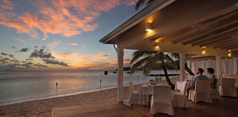 Curtain Bluff, Restaurant