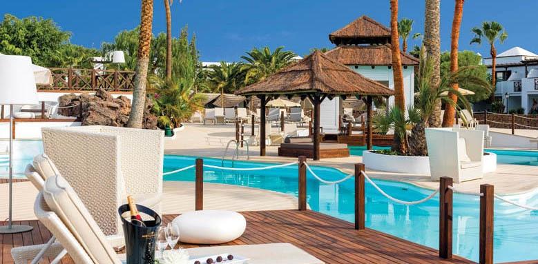 H10 Ocean Dreams, poolside lounge