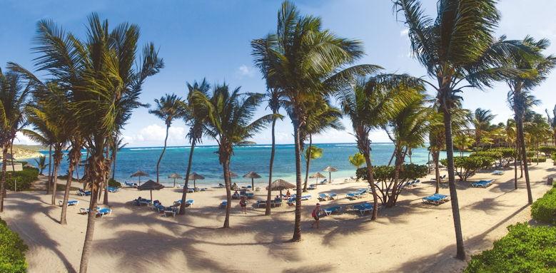 St James Club & Villas, beach