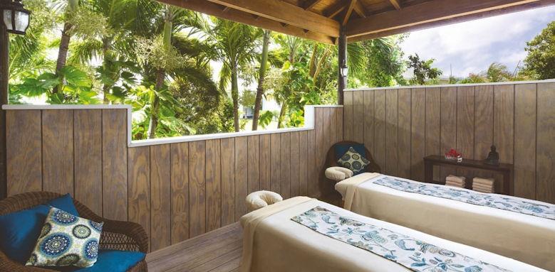 Verandah Resort, spa treatment area