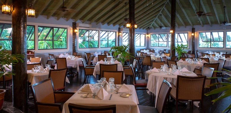 Verandah resort and spa, seabreeze restaurant