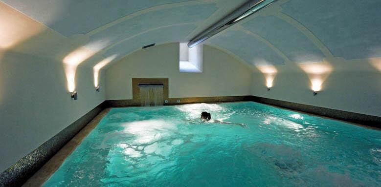 Palazzo San Lorenzo, indoor pool