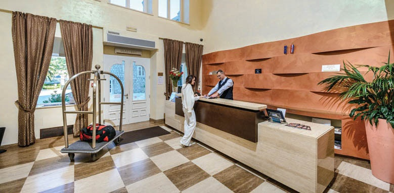 Hotel Lapad, reception