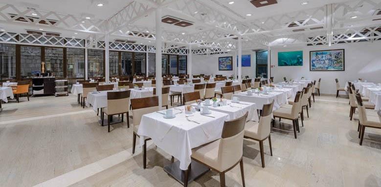 Hotel Lapad, main restaurant