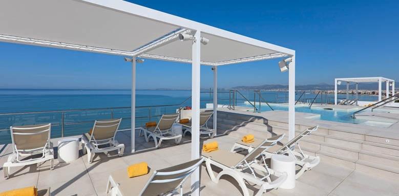 Iberostar Bahia de Palma, terrace and pool