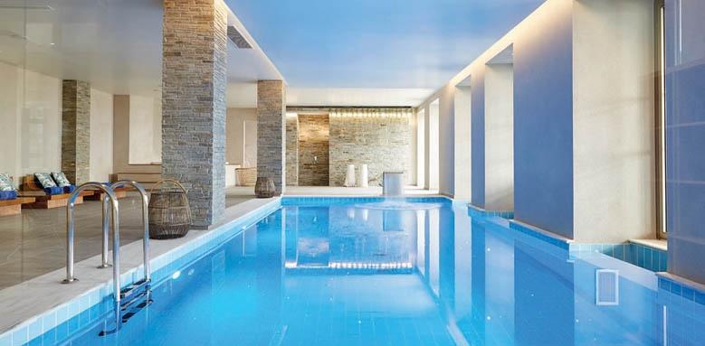 Eagles Villas, indoor pool