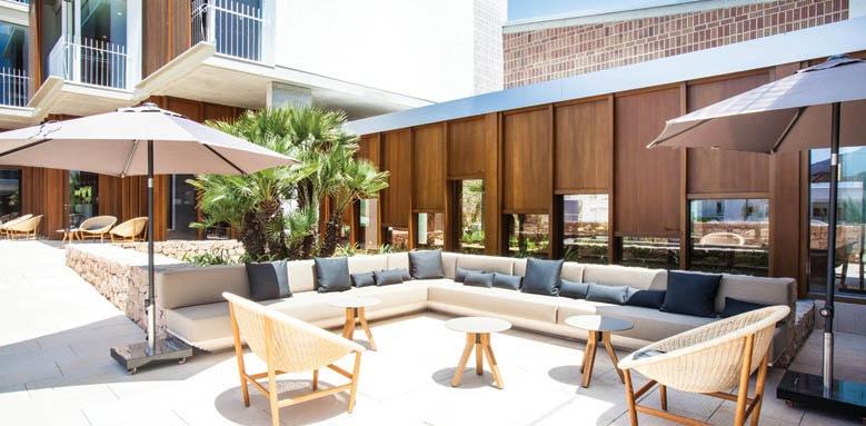 OD Talamanca, outdoor lounge