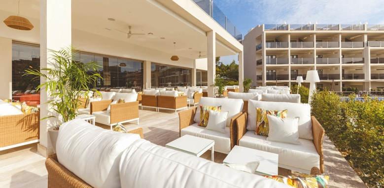zafiro palace palmanova, bar terrace