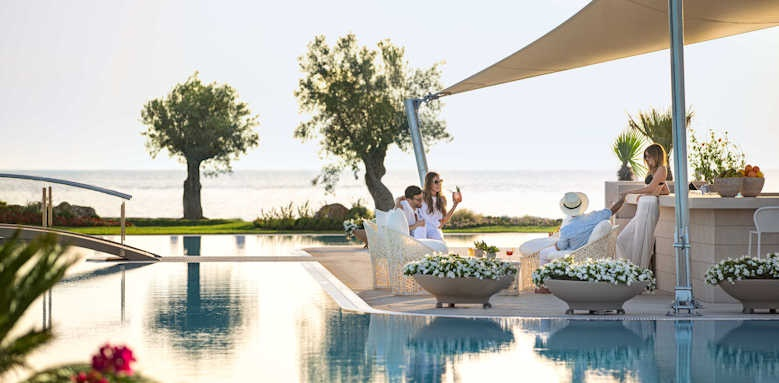 Sani Dunes, family by the pool