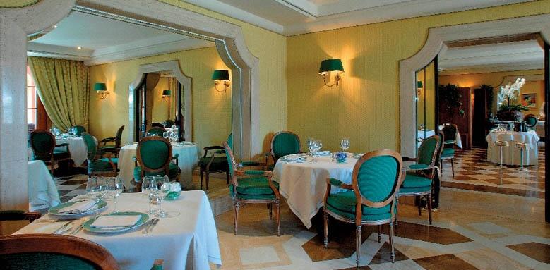 Villa Principe Leopoldo, restaurant