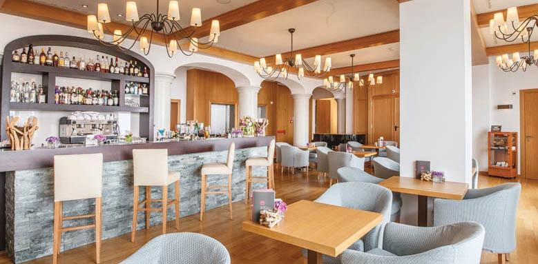 Kurhaus Cademario Hotel & Spa, bar