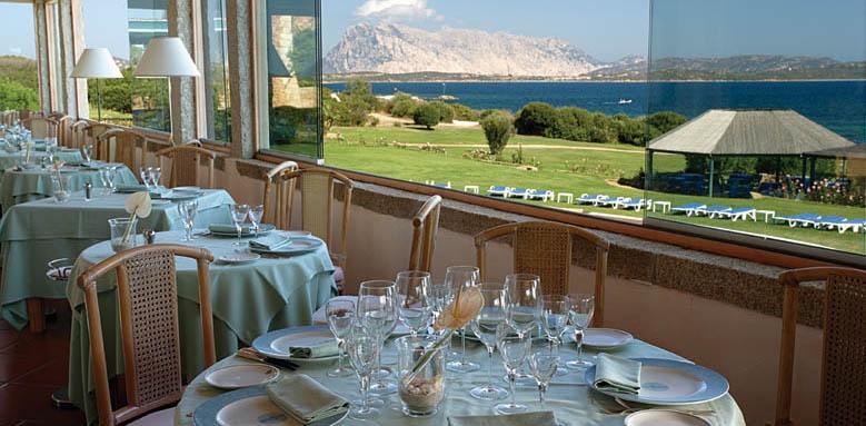 Due Lune Resort Golf & Spa, restaurant