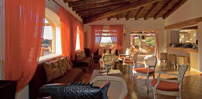 Colonna Pevero Hotel, bar