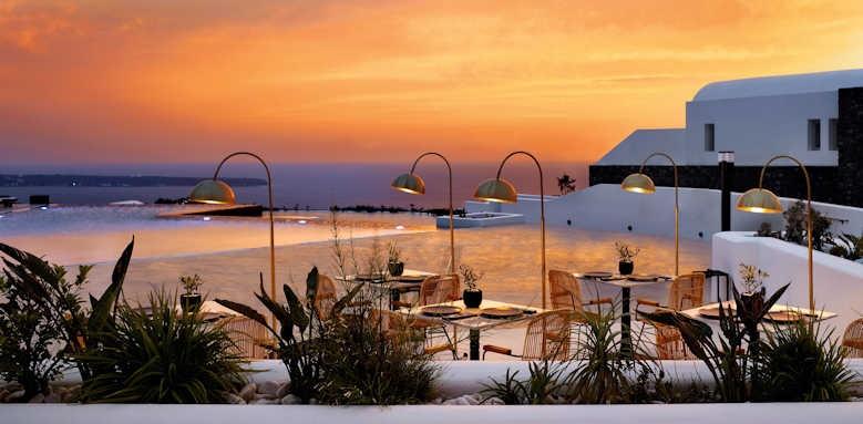 Santo Maris Oia, Sunset views