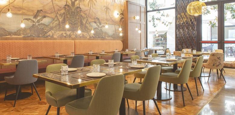 molina lario, restaurant
