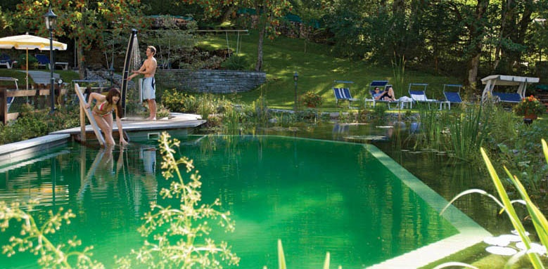 Beausite Park Hotel Wengen, swimming pond