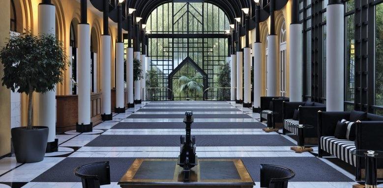 Victoria Jungfrau Grand Hotel, interior