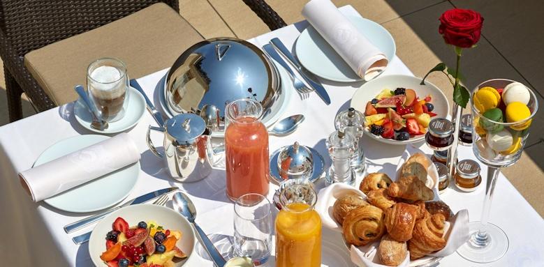 Hotel Raphael, Breakfast Image