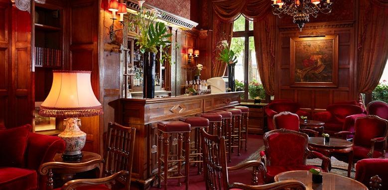 Hotel Raphael, Bar Area Image