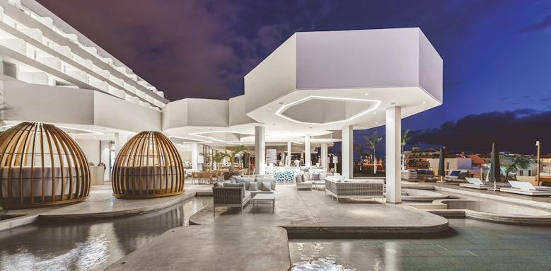 Corales Beach, nao buffet restaurant