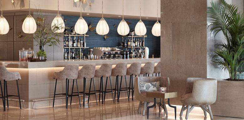 ikos dassia, lobby bar
