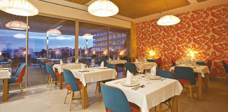 hotel 55 santo tomas, a la carte restaurant