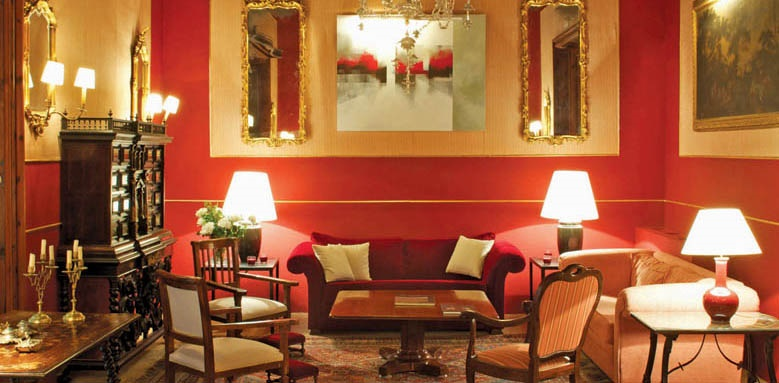 Boutique Hotel Can Cera, red salon