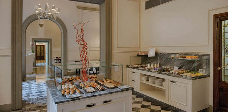 NH Collection Firenze Porta Rossa, breakfast