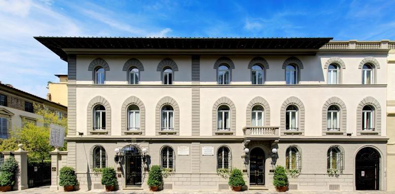 Hotel Regency, facades