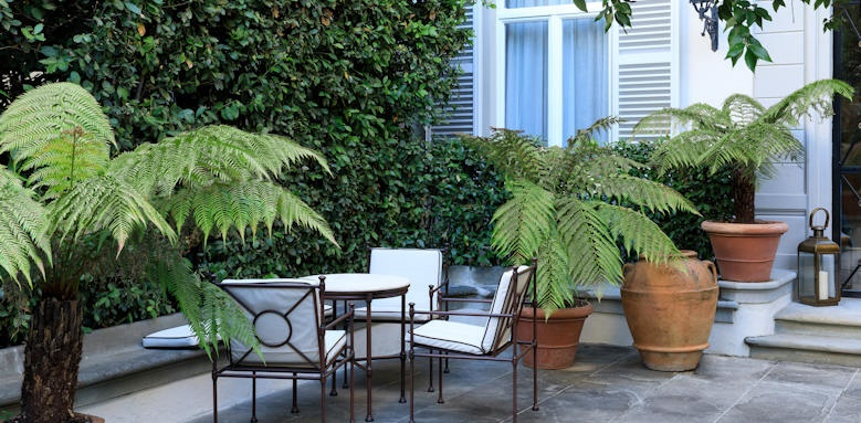 Hotel Regency, garden