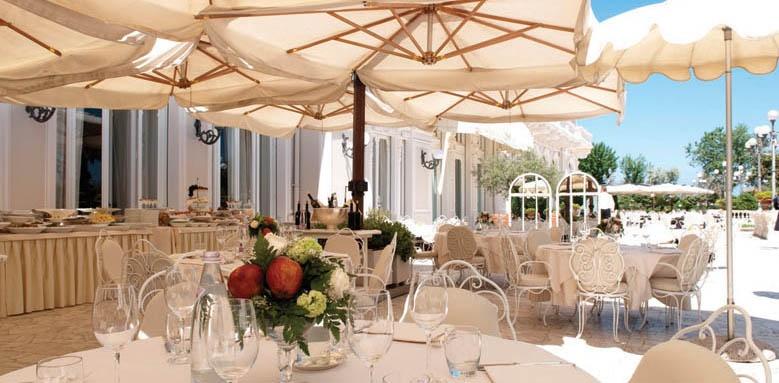 Grand Hotel Rimini, restuarant terrace