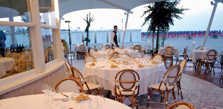 Grand Hotel Rimini, beach restaurant