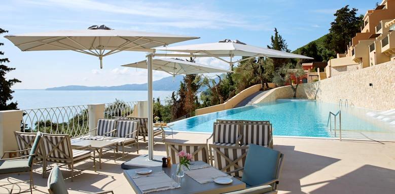 Marbella Nido Suites, pool restaurant