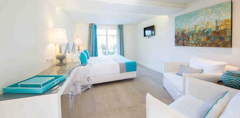Marpunta Village Club, deluxe junior suite sea view