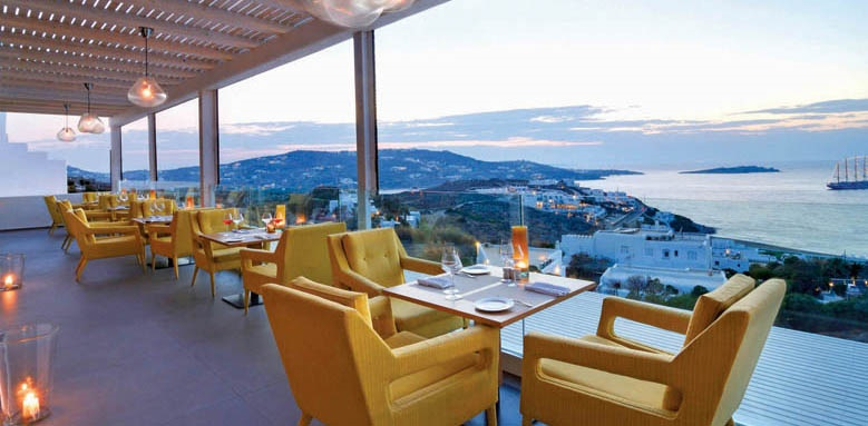 Myconian Korali, restaurant and view