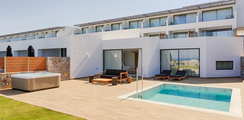 abaton, private pool